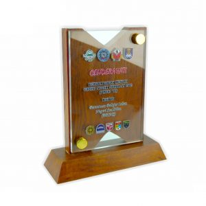 Crystal Plaques CR3010 – Exclusive Wooden Crystal Plaque