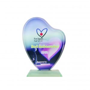 Crystal Plaques CR8018 – Exclusive Crystal Glass Awards (Love)