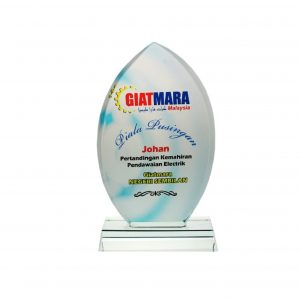 Crystal Plaques CR8060 – Exclusive Lens Crystal Glass Awards