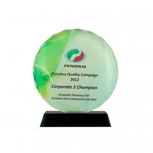 Crystal Plaques CR8068 – Exclusive Round Crystal Glass Awards