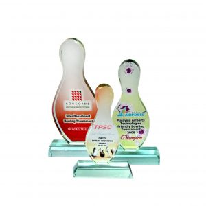Crystal Plaques CR8070 – Exclusive Crystal Glass Awards (Bowling)