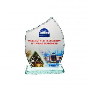 Crystal Plaques CR8131 – Exclusive Crystal Glass Awards