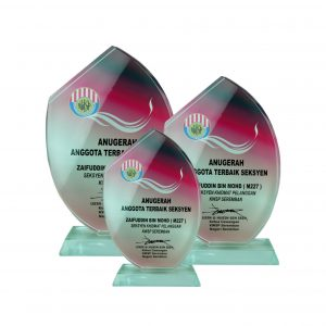 Crystal Plaques CR8168 – Exclusive Crystal Glass Awards