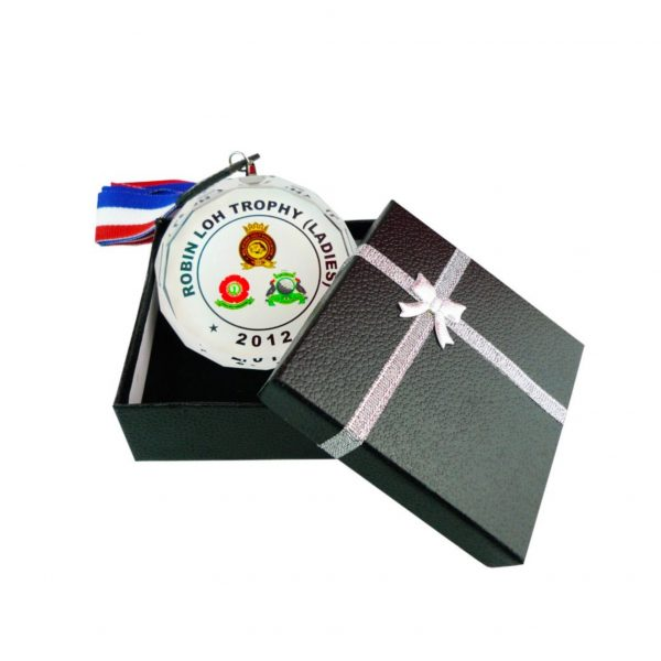 Crystal Medals CR8177 – Crystal Hanging Medal With Gift Box