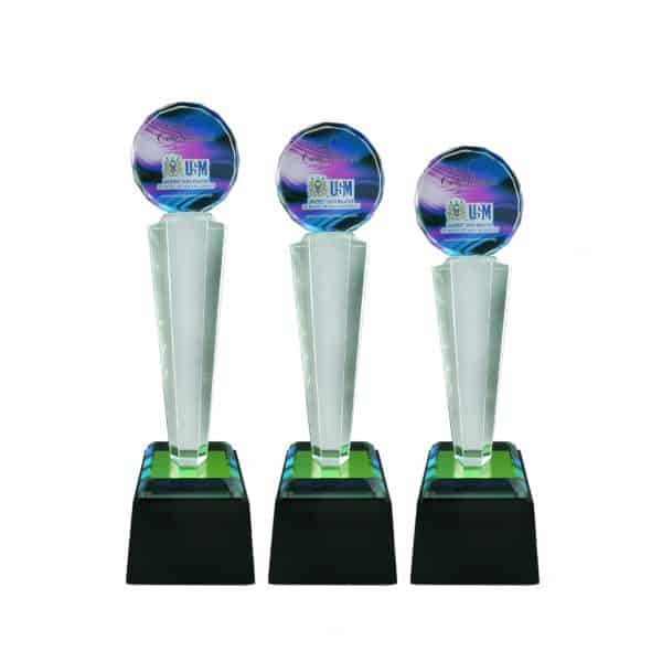 Crystal Trophies CR8186 – Exclusive Crystal Glass Awards