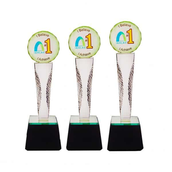 Crystal Trophies CR8228 – Exclusive Crystal Glass Awards