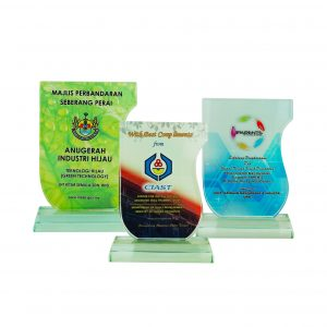 Crystal Plaques CR8258 – Exclusive Crystal Glass Awards