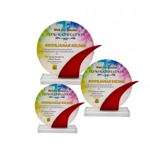 Crystal Plaques CR8283 – Exclusive Crystal Glass Awards