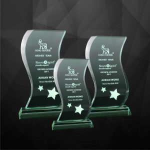 Crystal Plaques CR9022 – Exclusive Crystal Plaques