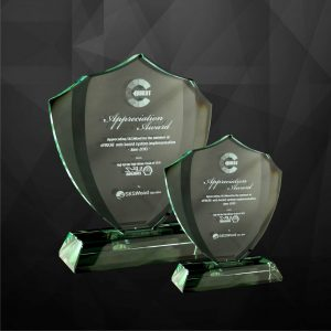 Crystal Plaques CR9050 – Exclusive Shield Crystal Plaques