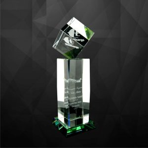 Crystal Trophies CR9065 – Exclusive Crystal Cube Trophy