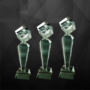 Crystal Trophies CR9098 – Exclusive Crystal Cube Trophy