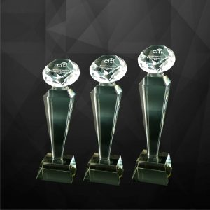 Crystal Trophies CR9100 – Exclusive Crystal Diamond Trophy