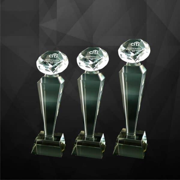 Crystal Trophies CR9100 – Exclusive Crystal Diamond Trophy