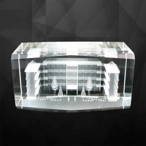 Crystal Plaques CR9102 – Large-Sized Crystal Cube