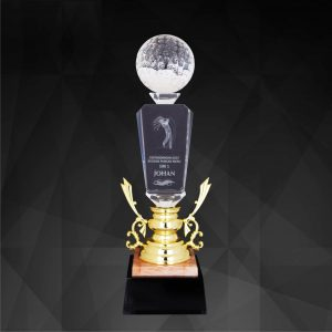Crystal Trophies CR9204 – Exclusive Crystal Golf Trophy