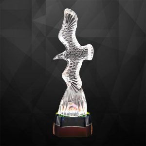 Crystal Trophies CR9260 – Exclusive Crystal Eagle Trophy